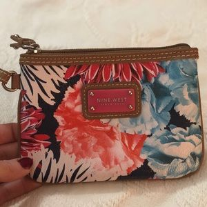 Nine West flower wristlet